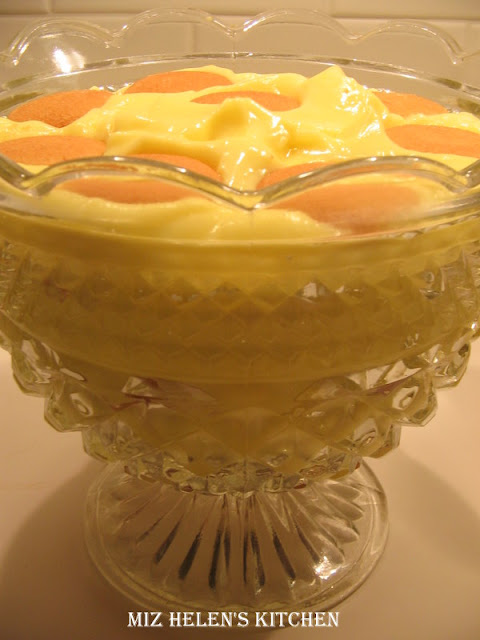Lemony Nana Trifle at Miz Helen's Country Cottage