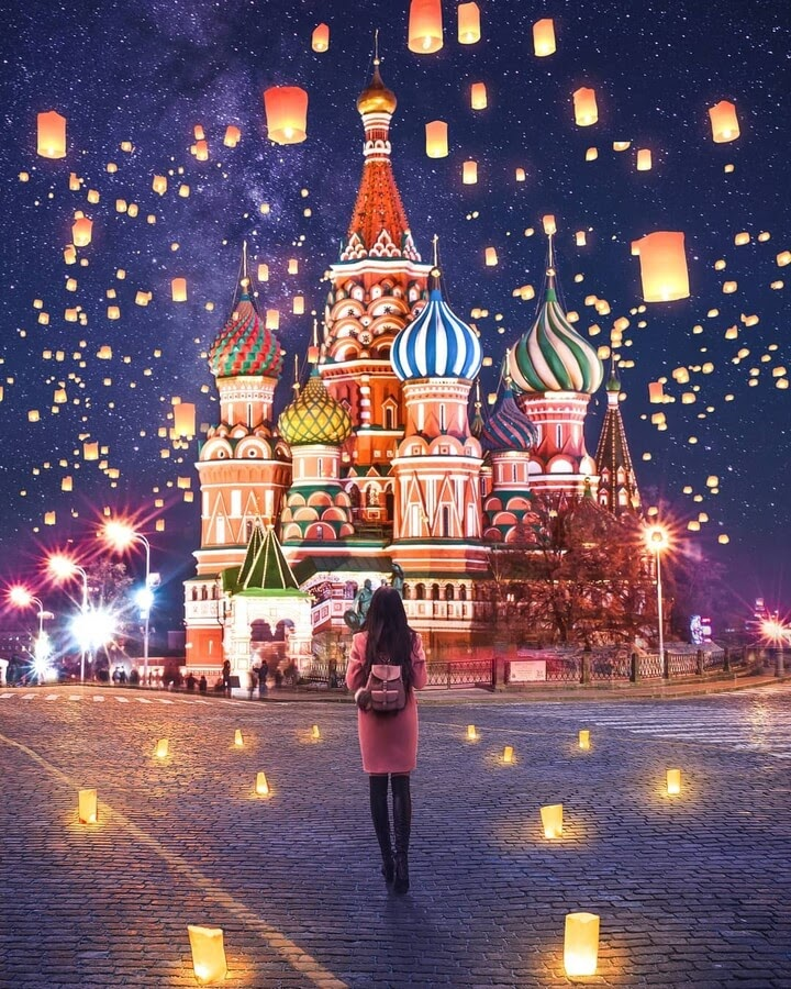 03-Moscow-and-lanterns-Diego-Hernandez-www-designstack-co