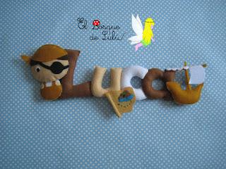 nombre-fieltro-Luca-elbosquedelulu-felt-feltro-name-banner-babyroom-decoración-hechoamanoparati-regalo-personalizado-piratas
