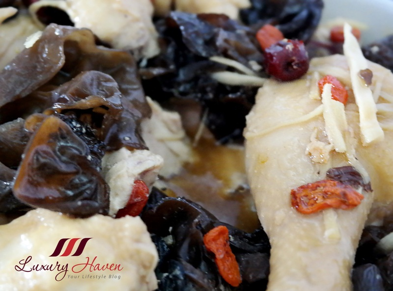 nutritious steamed tang kwei chicken fungus recipes