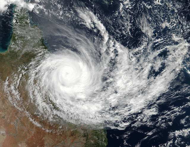 Cyclone Debbie update - Biggest evacuation seen in Australia since 1974 Debbie.a2017087.0342.1500m