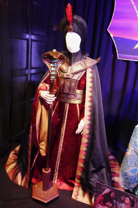 Marwen Kenzari Aladdin Jafar costume