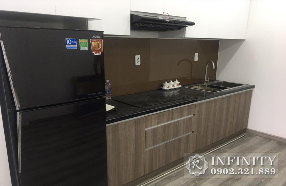 Cho thuê căn hộ Everrich Phát Đạt tại Quận 5 - tủ lạnh gần bếp