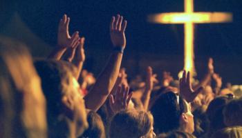 100 Alasan Anda Harus Pergi ke Gereja