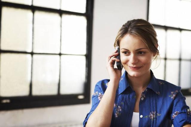 Hindari Menelpon Di Sudut Ruangan