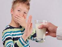 Cara Mudah Mengatasi Alergi Susu pada Anak Menurut dr. Muliaman Mansyur