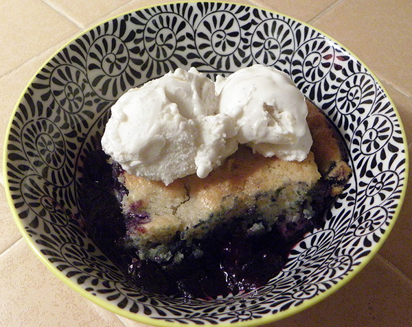 blueberry cobbler a la mode