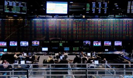 الأرجنتين .. البيسو يستعيد جانبا من قيمته إثر فرض الحكومة قيودا على سوق صرف العملات الأجنبية