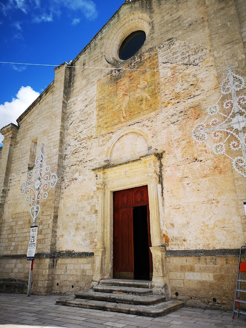 Facciata anteriore chiesa Ginosa