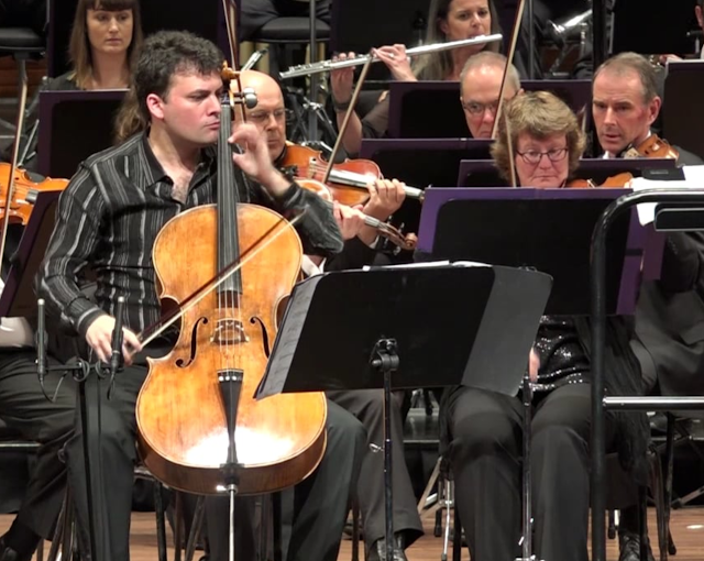 Sébastien Hurtaud & New Zealand Symphony Orchestra at the premiere of Gareth Farr's cello concerto in 2017