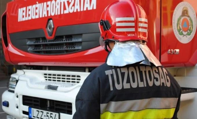 Tűz ütött ki egy garázsban a Szatymazi utcán