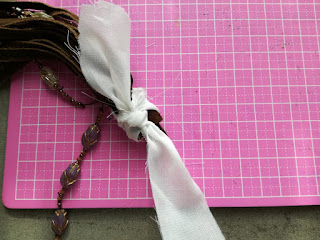 Fix glue for selfmade tassel craftrebella