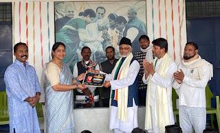 मौलाना अब्दुल कलाम आजाद की पुण्यतिथि प्रनवम् स्कूल सुजानगंज में मनायी गयी | #NayaSaberaNetwork
