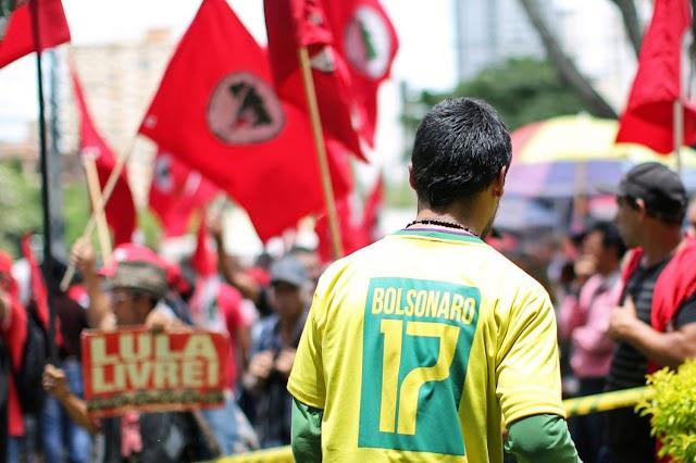 O que significam os estranhos elogios de Lula a Bolsonaro?