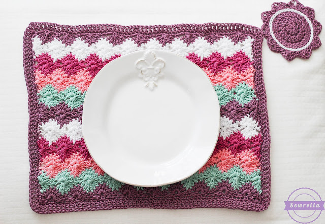 Free Crochet Patterns for Your Kitchen. What a better way to re-decorate your kitchen, than with your own crochet creations and using free patterns.