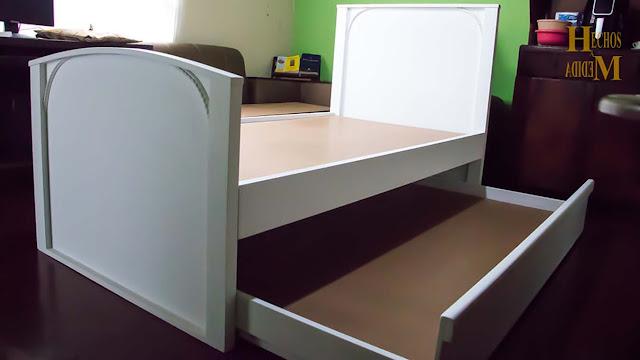 Fabrica-de-cama-nido-color-blanco-