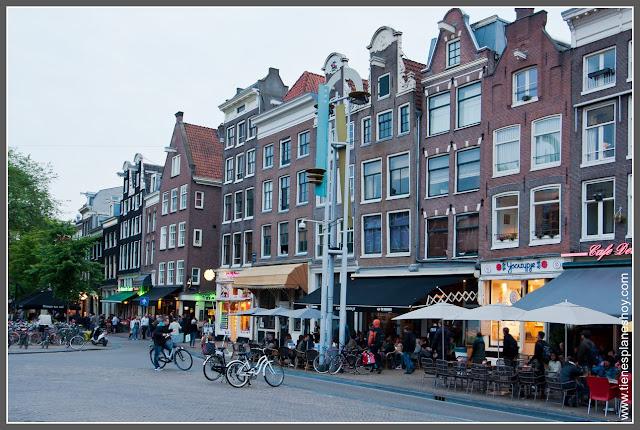 Plaza Nieuwarkt Amsterdam (Países Bajos)