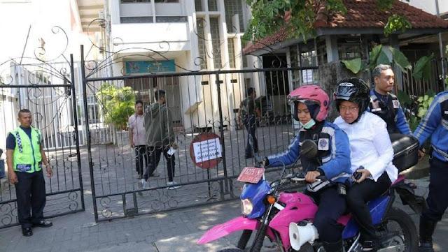 Pemakaman Pelaku Bom Ditolak Warga, Risma Tunggu Fatwa MUI