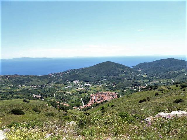 panorama su Rio nell'Elba