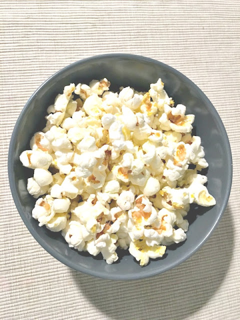 Choose one of these easy, fuss-free ways to make popcorn at home - Ioanna's Notebook