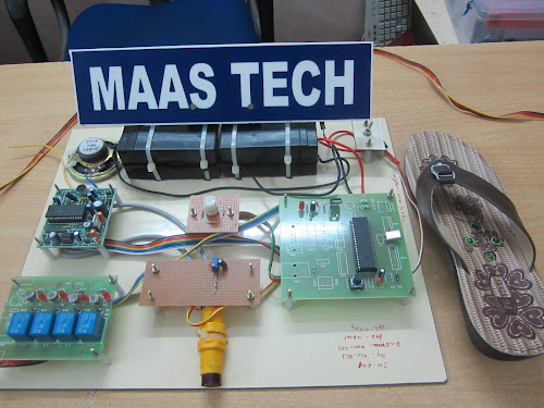 LATEST IEEE PROJECTS 2013 ABSTRACT-NAVIGATION SOLES BY YOUR FEET(ECE ...