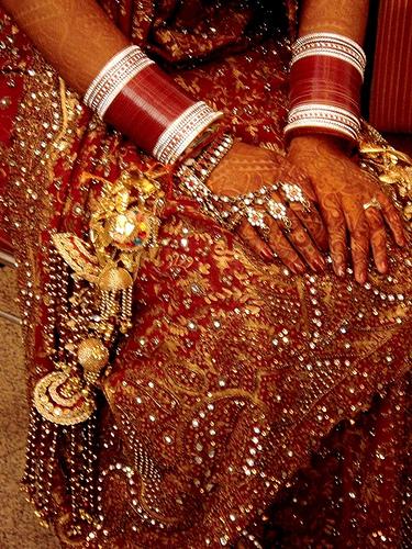 Beautiful Bridal Bangles Dulhan Churiyan