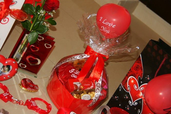 romantic ideas for valentines day gifts for girlfriend