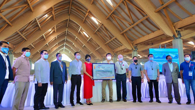 The new Passenger Terminal Building (PTB) of the Clark International Airport has been officially handed over to the Department of Transportation (DOTr)