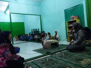 Kasi Pidsus Bukber di Yayasan Al-kholisoh Karawang