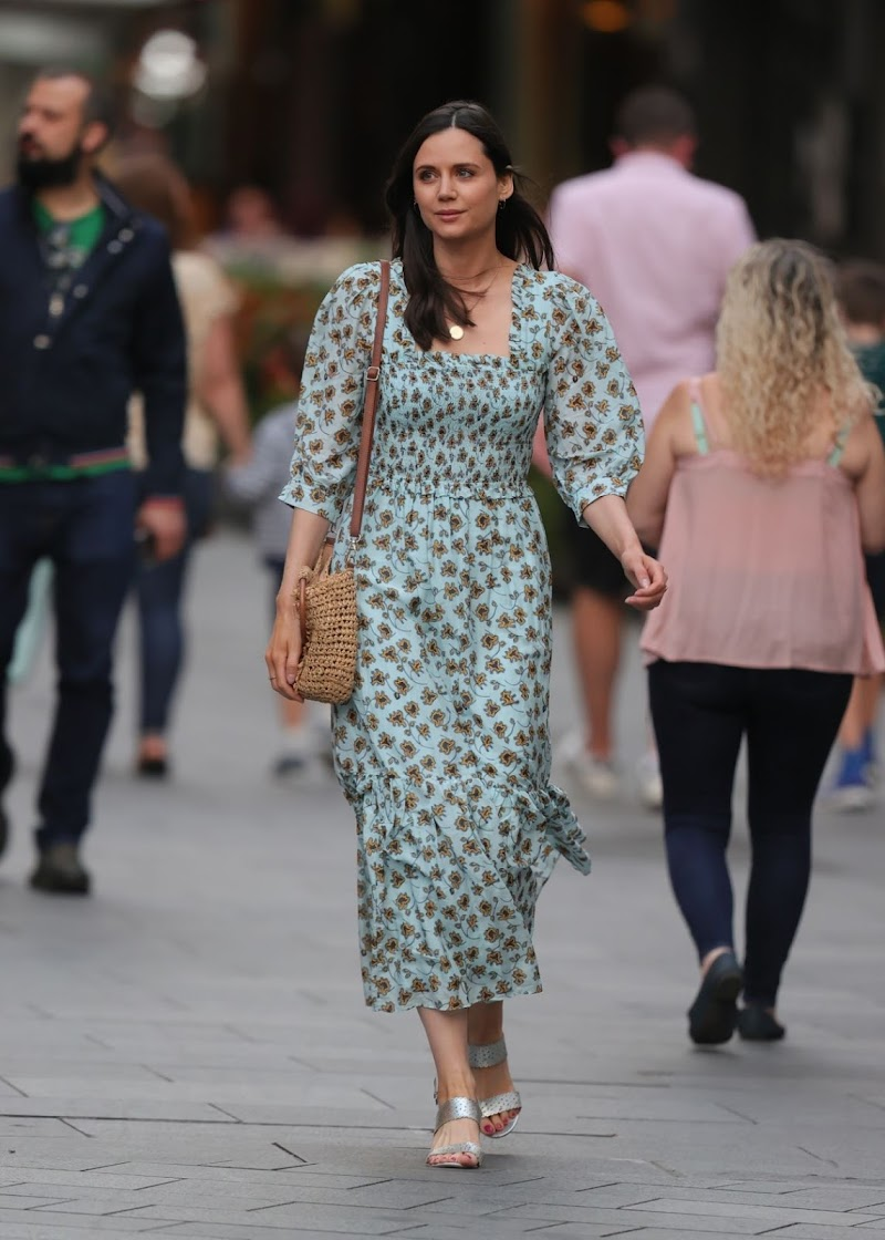 Lilah Parsons Clicked Outside in London 22 Aug -2020