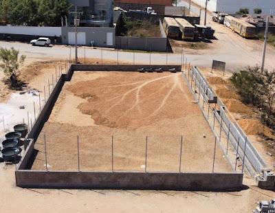 Prefeitura de Seabra inicia  construção da quadra poliesportiva do Bairro União.