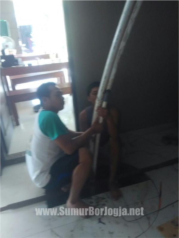 proses pengerjaan service pompa air di Godean Sleman Yogyakarta