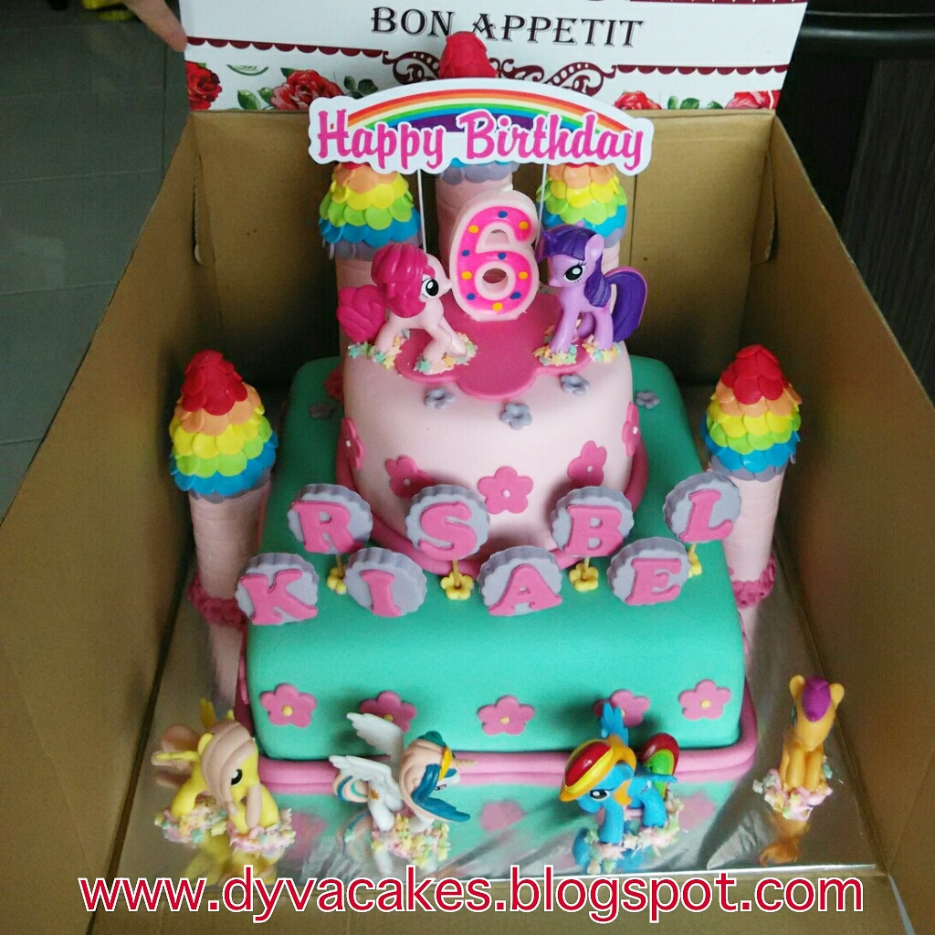 Dyva Cakes My Little Pony With Dummy Castle