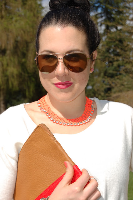 Neon Topshop necklace and gold aviators