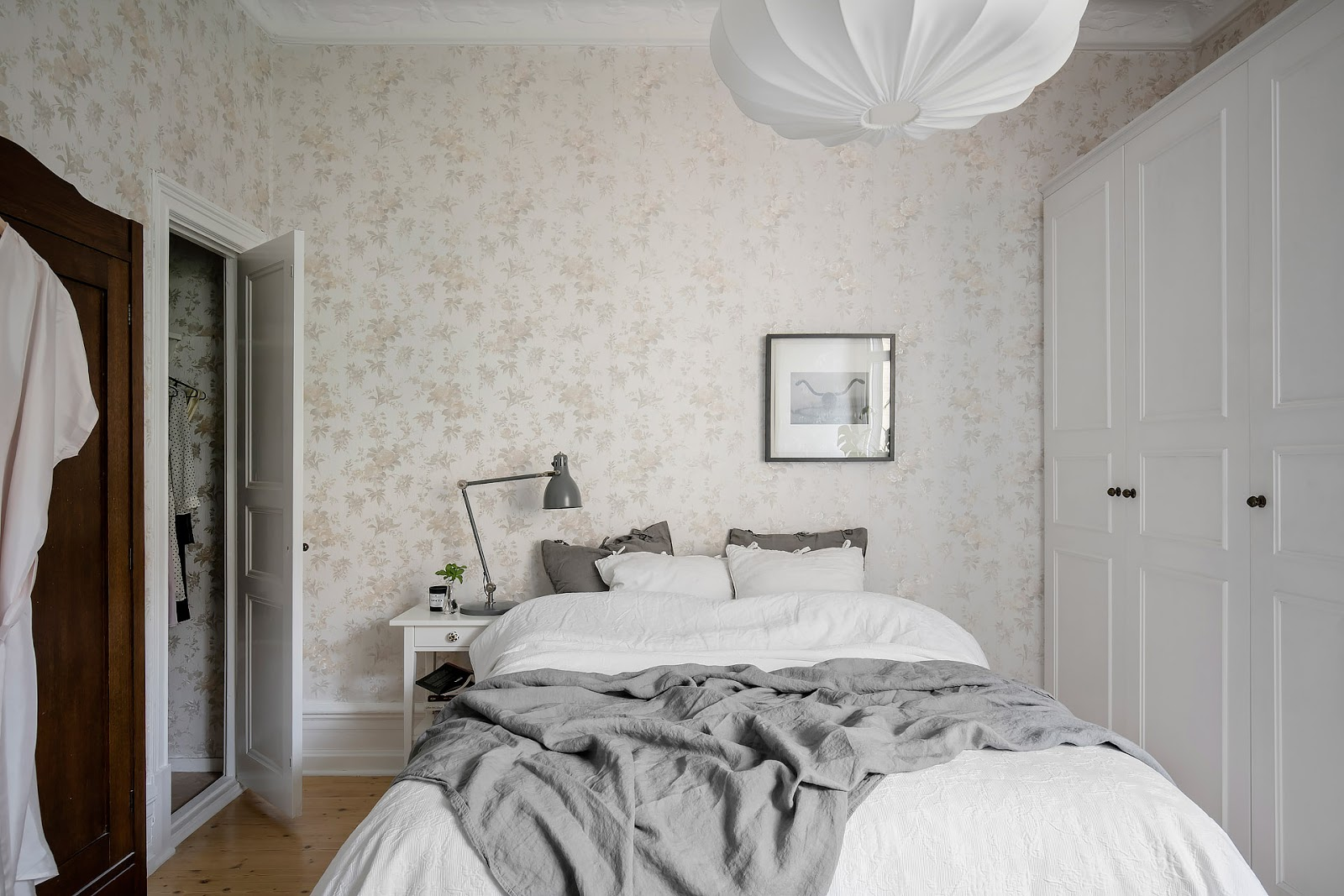bedroom design inside of a scandinavian apartment