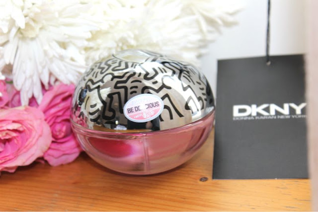 dkny be delicious fresh blossom art edt review the. Black Bedroom Furniture Sets. Home Design Ideas
