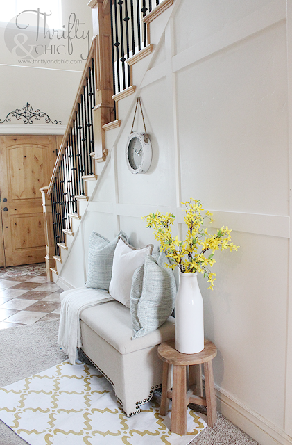 Summer decor and decorating ideas for hallway