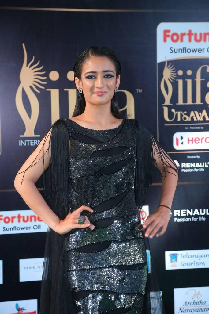 Indian Model Akshara Haasan At IIFA Awards 2017 In Green Dress