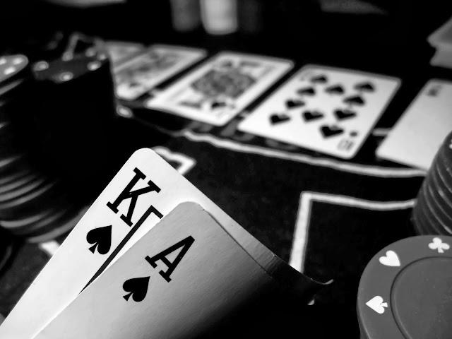 Panduan untuk Bermain di Turnamen Poker Online Gratis