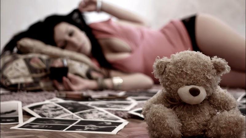 Beautiful Wallpapers Of Lonely Girl ภาพผู้หญิง อารมณ์ เหงา เศร้า อาร์ตๆ Live