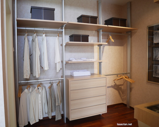 Walk-in wardrobes, everyone's dream