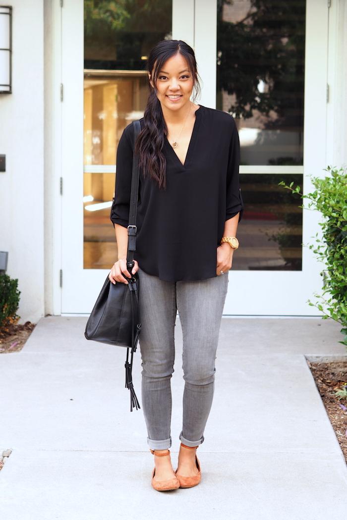 Black blouse + gray jeans + black bag + red flats