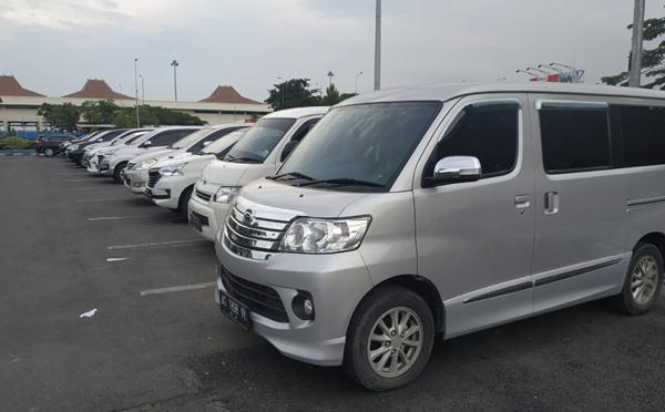 Carteran Mobil Blitar Surabaya Murah
