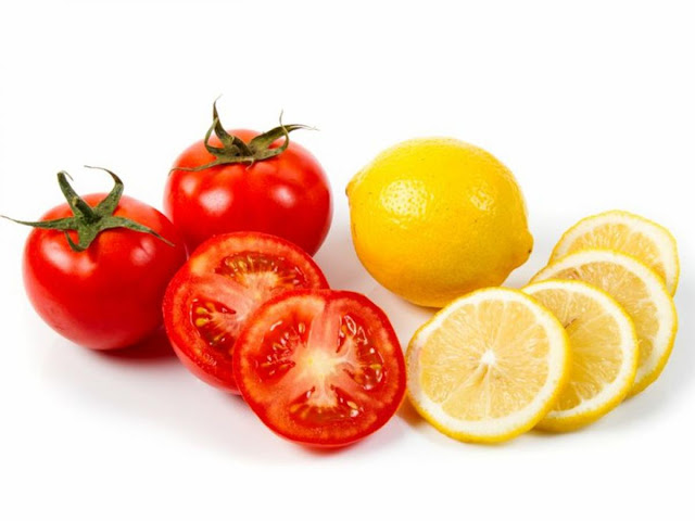 Tomato Face Pack for Soft And Glowing Skin