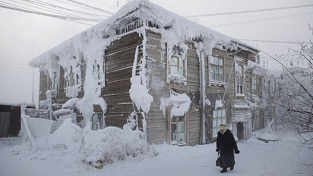 Coldest place in the Earth - 68 Celcius