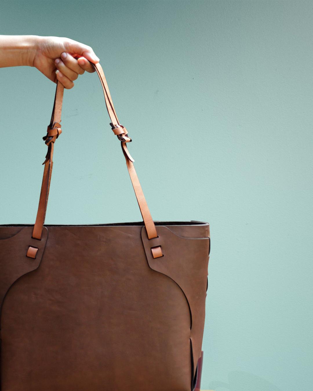 leather tote bag madai