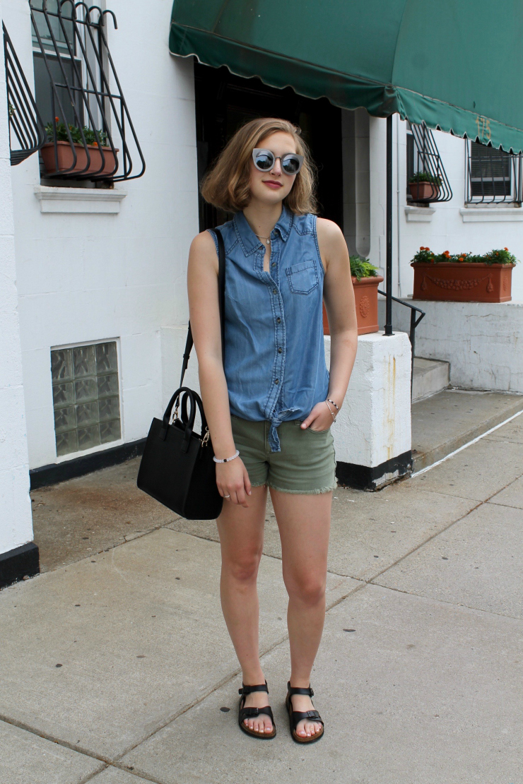 Chambray shirt, green khaki shorts for a cute urban summer look