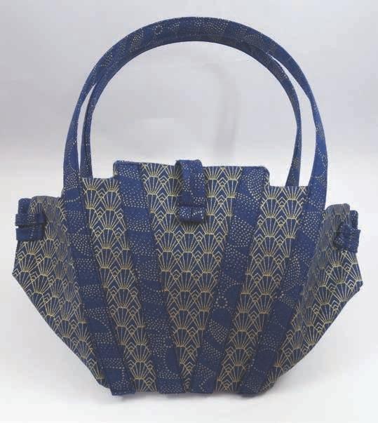 Little Evening Bag Tutorial. Free Pattern & Tutorial