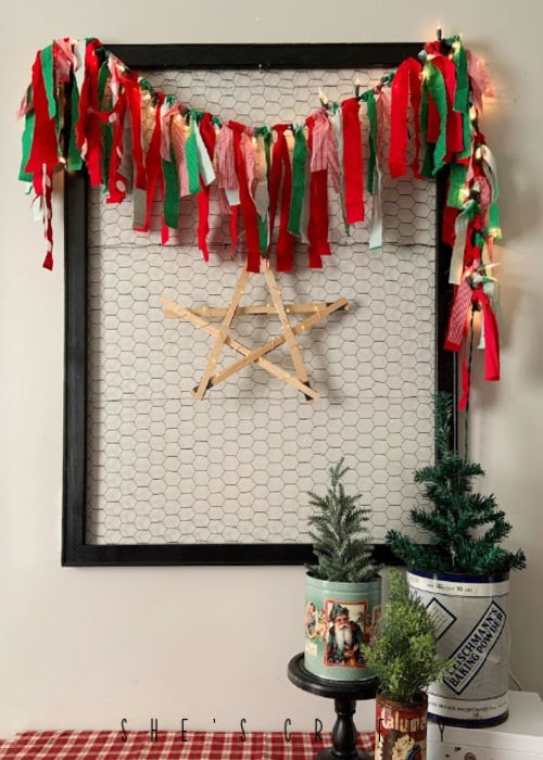 Lighted Fabric Christmas Garland