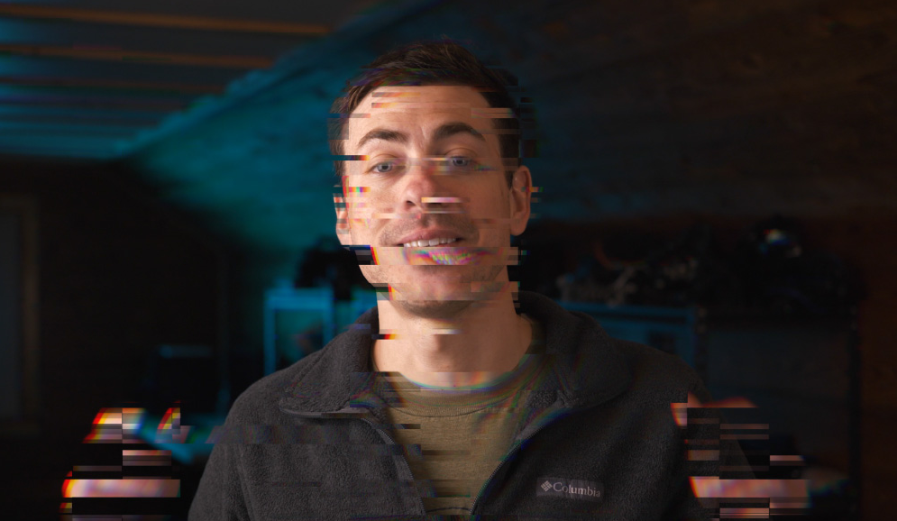 how to add glitch effect to video